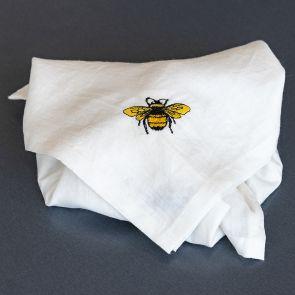 Furoshiki aus HANF-Leinen mit aufgestickter Biene